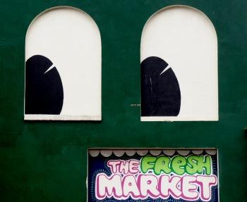 street art dublin - cool voyage - shopping Dublin - jean voyage