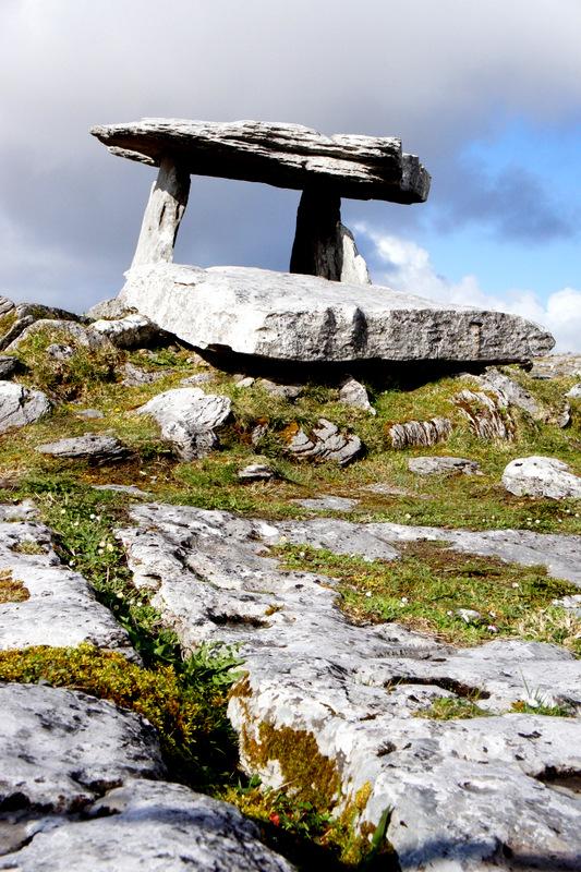 Dolmen de Poulnabrone - Région du  Burren Irlande - Road trip Irlande